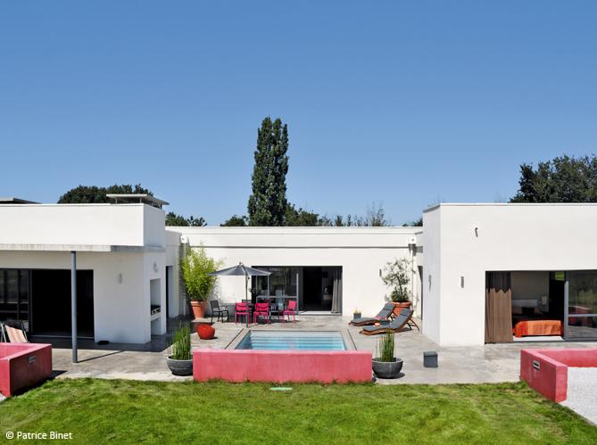 Les plus belles villas de france le figaro on twitter voici les plus belles maisons de france - Les belles maisons de france ...