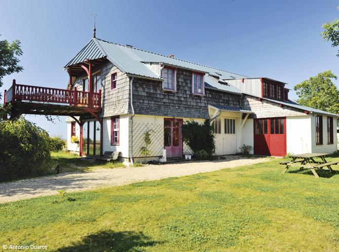 D couvrez les 50 plus belles maisons de vacances en france for Les decoration des maisons