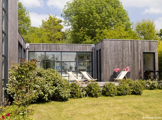 D couvrez les 50 plus belles maisons de vacances en france elle d coration - Les plus belles maisons en bois ...