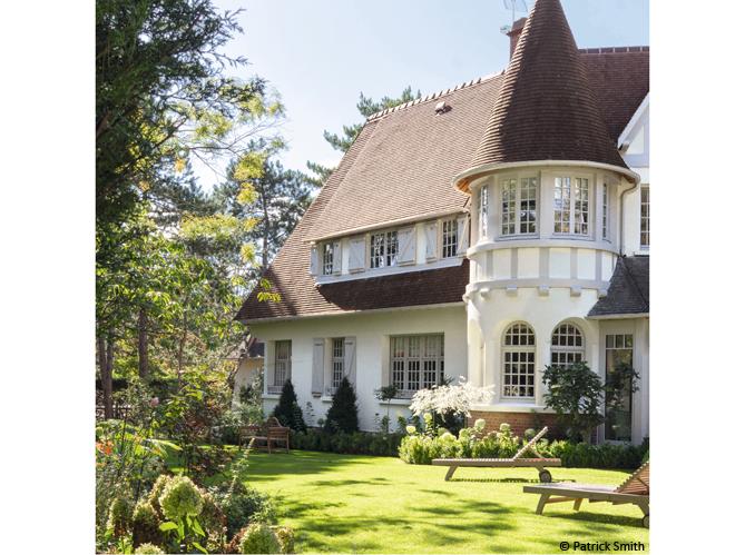 d couvrez les 50 plus belles maisons de vacances en france elle d coration. Black Bedroom Furniture Sets. Home Design Ideas