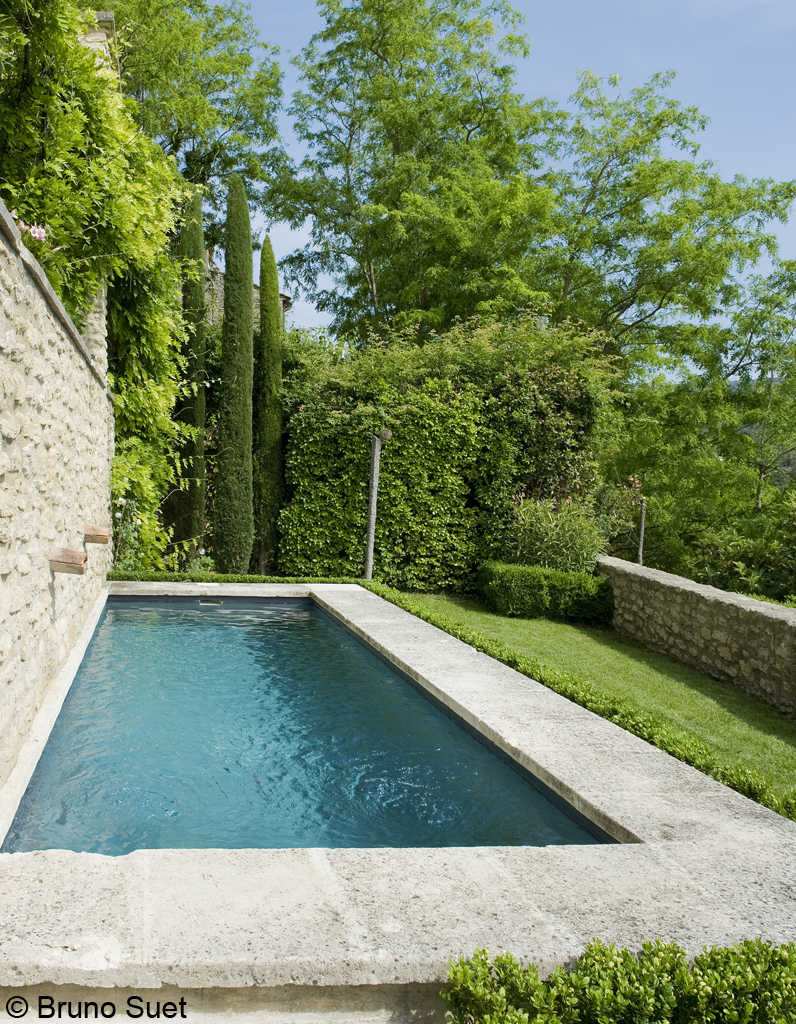 Fin d t en provence elle d coration for Piscine var