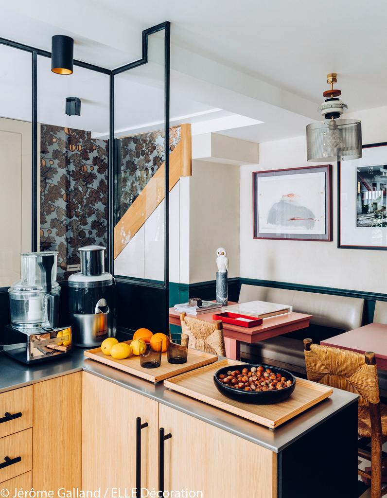 un ancien garage transform en maison cosy elle d coration. Black Bedroom Furniture Sets. Home Design Ideas