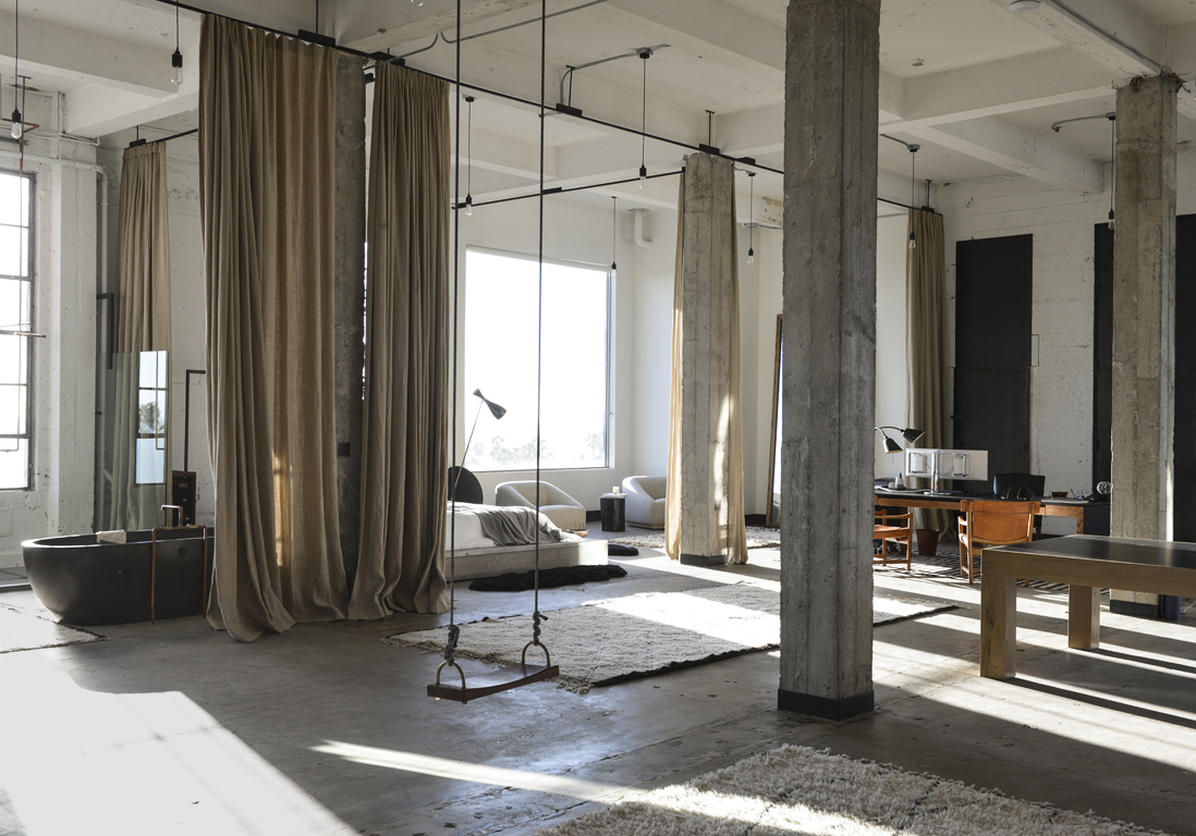 un loft californien de 420 m sans aucune cloison elle d coration. Black Bedroom Furniture Sets. Home Design Ideas