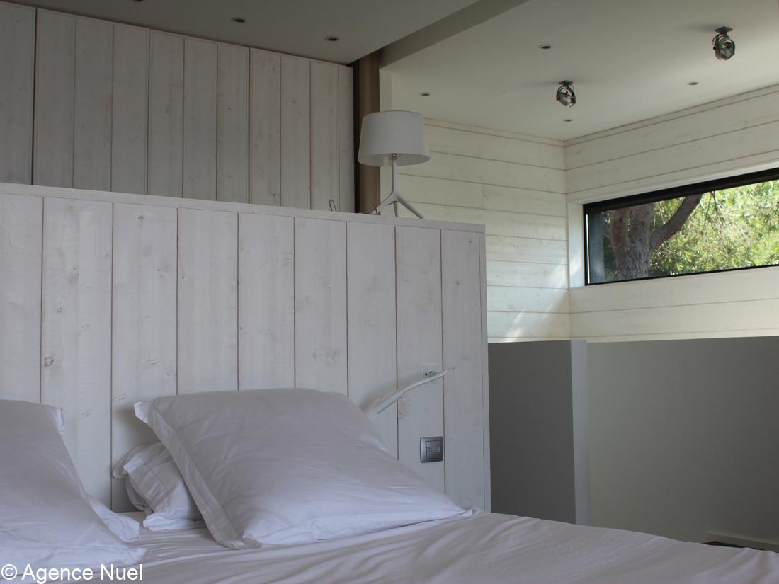lit bord de mer elegant linge de lit theme mer with lit bord de mer lit tete de lit rangement. Black Bedroom Furniture Sets. Home Design Ideas