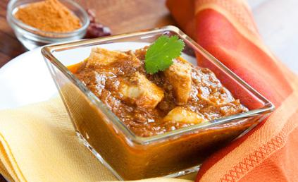 curry de poulet au lait de coco pour 6 personnes recettes elle table. Black Bedroom Furniture Sets. Home Design Ideas