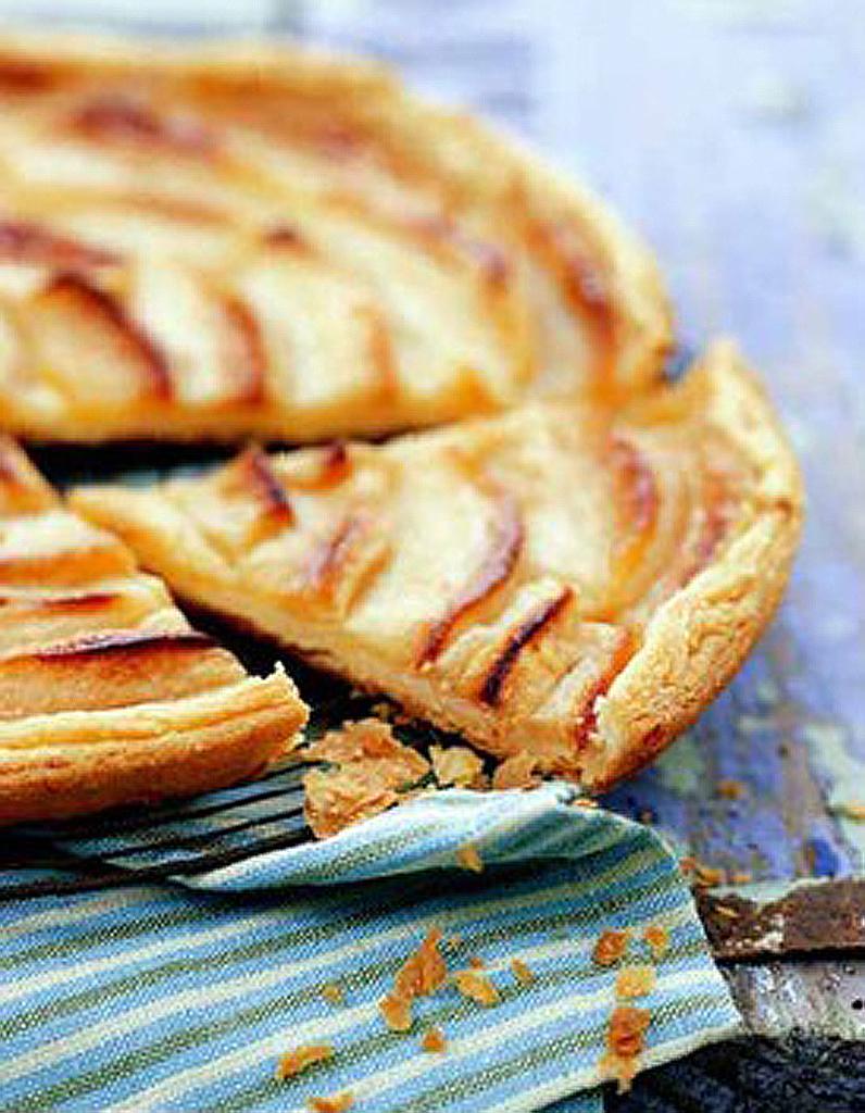 Tarte aux pommes ultra fine 50 id es de tartes faciles elle table - Tarte aux pommes fine ...