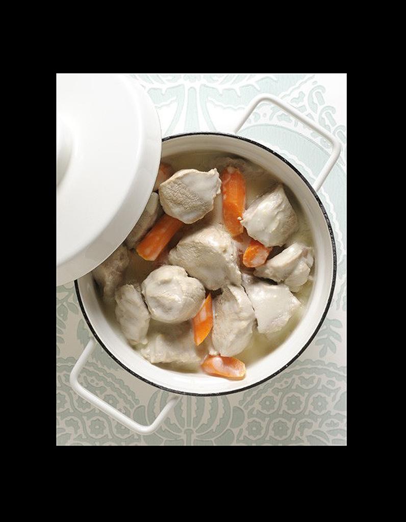 blanquette de poulet les meilleures recettes mijot es elle table. Black Bedroom Furniture Sets. Home Design Ideas