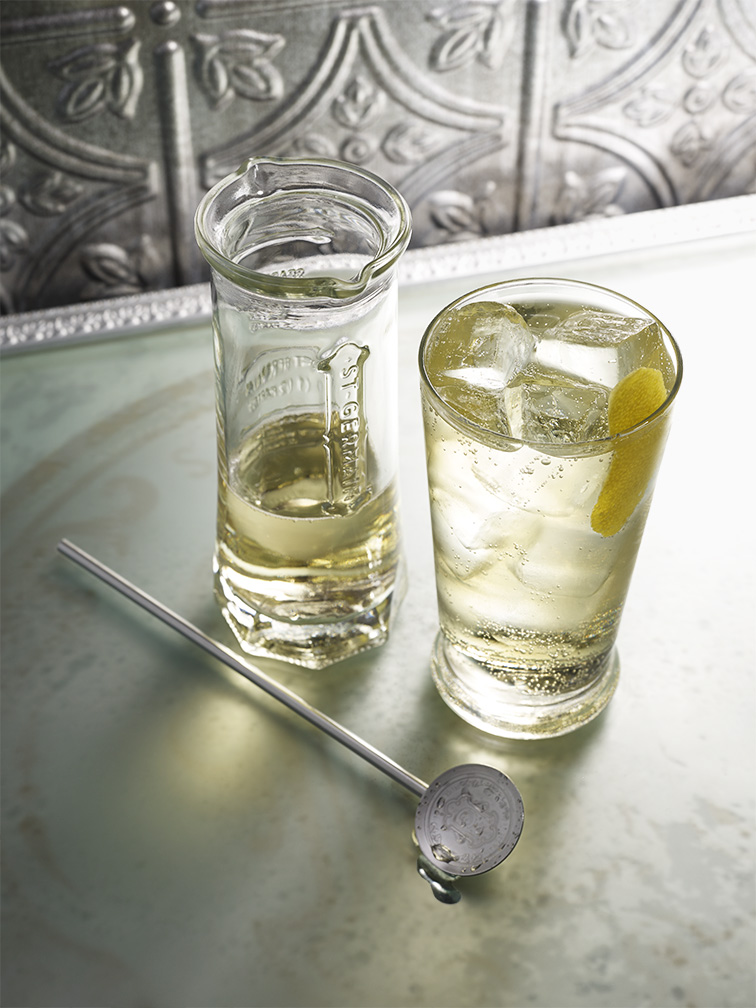 Cocktail hiver cocktail la liqueur de sureau des for Cocktail hiver
