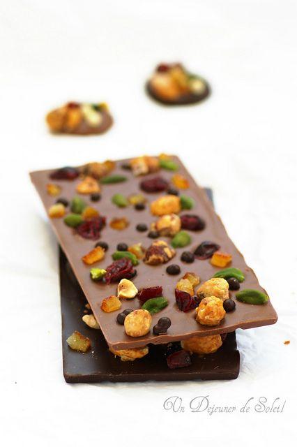Tablette de chocolat maison mendiant et si on offrait for Tablette special cuisine