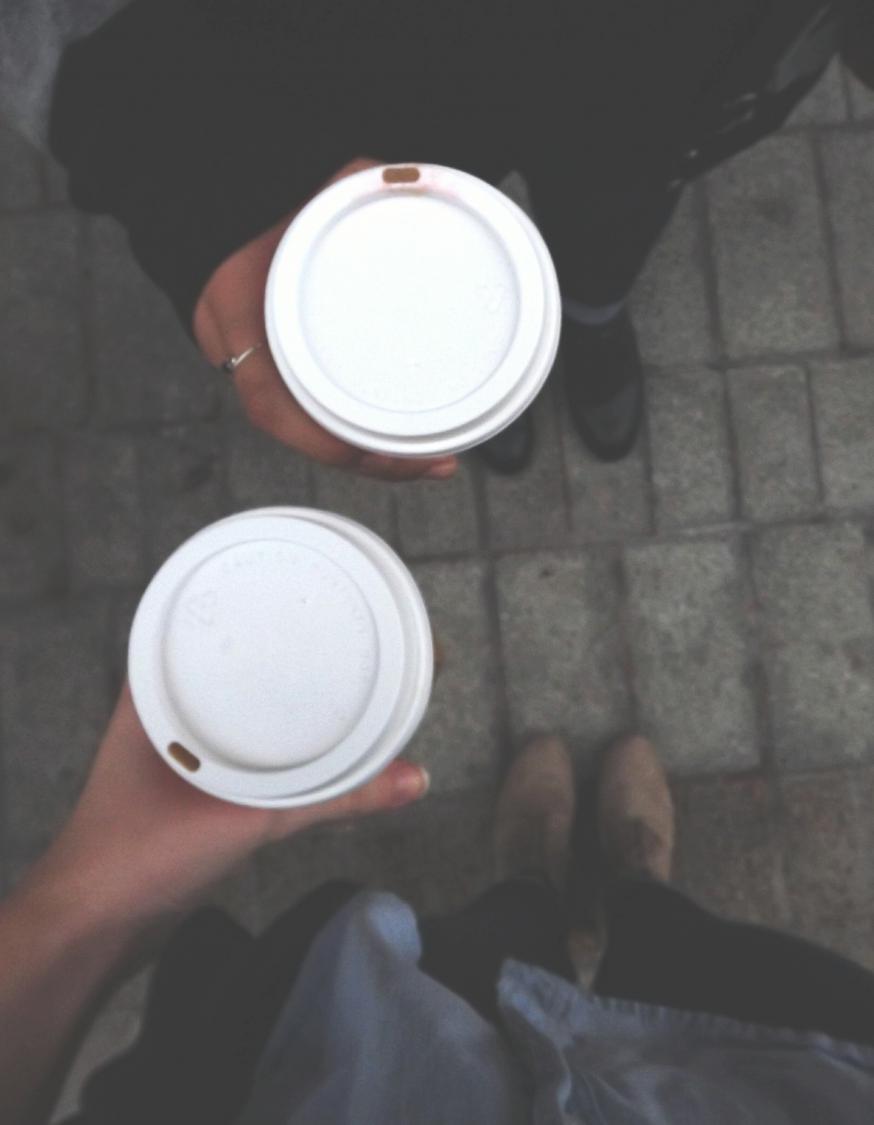 Consommation de caf jour elle table - Combien de couches par jour ...