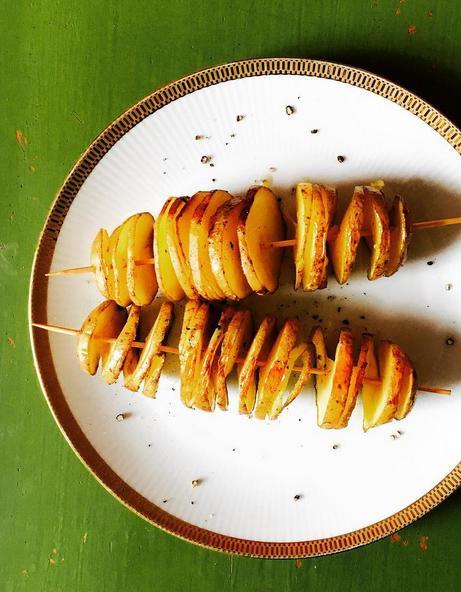 Comment faire des pommes de terre spirale elle table - Comment cuisiner la pomme de terre ...