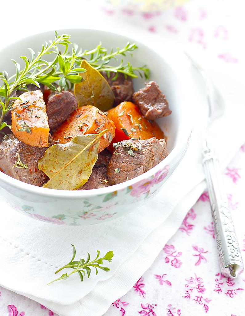 bœuf bourguignon facile thermomix pour 6 personnes - recettes elle