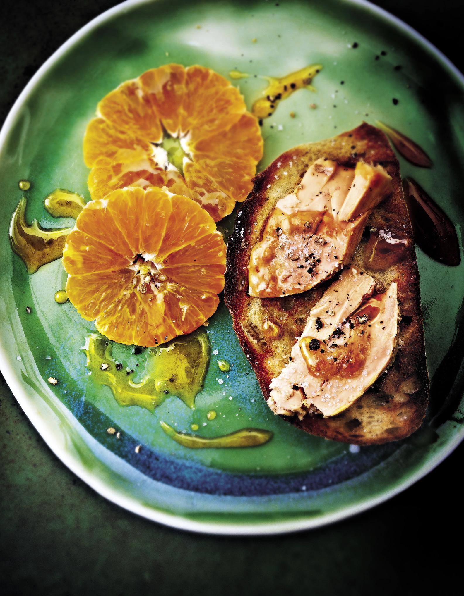 Foie gras aux cl mentines pour 4 personnes recettes elle - Recette de foie gras ...