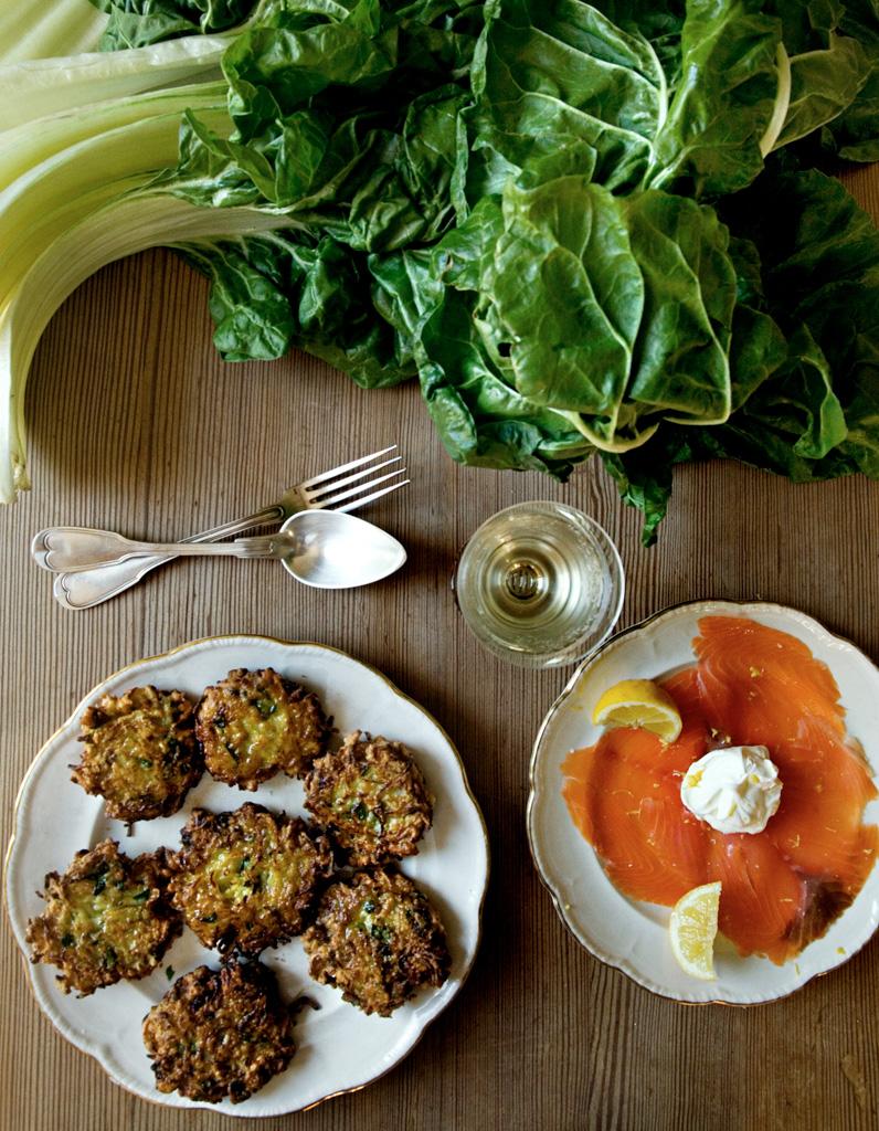 Galettes de pommes de terre et blette pour 4 personnes recettes elle table - Sites de recettes de cuisine ...