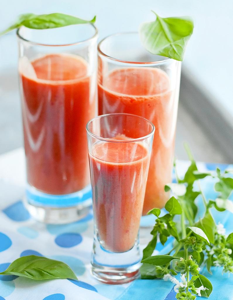 Gaspacho thermomix pour 4 personnes recettes elle table - Repas thermomix pour 10 personnes ...