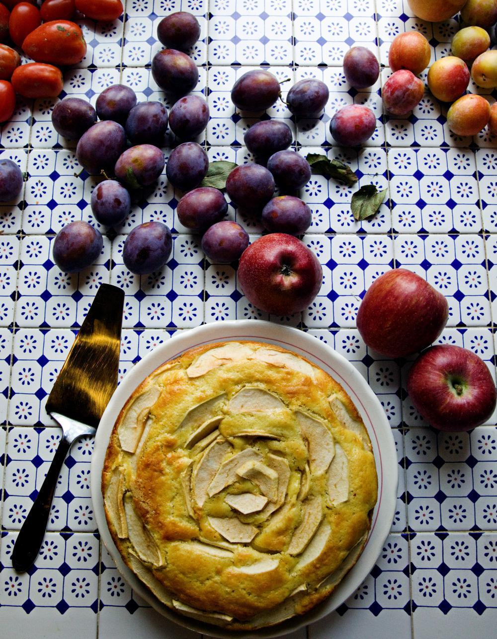 G teau aux pommes facile pour 4 personnes recettes elle table - Gateau de noel facile et rapide ...