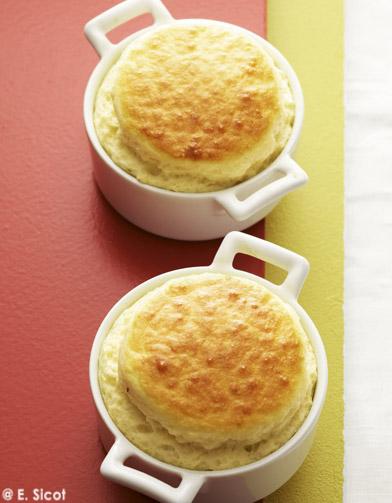 Petits souffl s la cancoillotte pour 4 personnes recettes elle table - La cuisine des petits ...