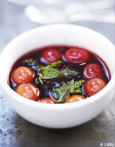 soupe de fruits au vin rouge pour 1 personne recettes elle table. Black Bedroom Furniture Sets. Home Design Ideas