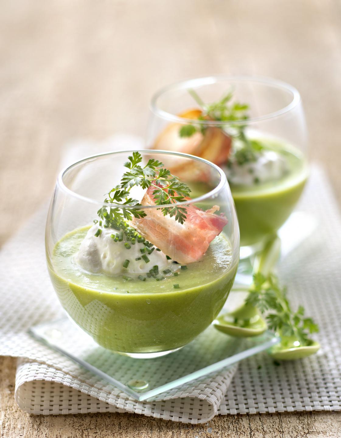 Soupe verte froide thermomix pour 6 personnes recettes elle table - Robot pour faire soupe ...