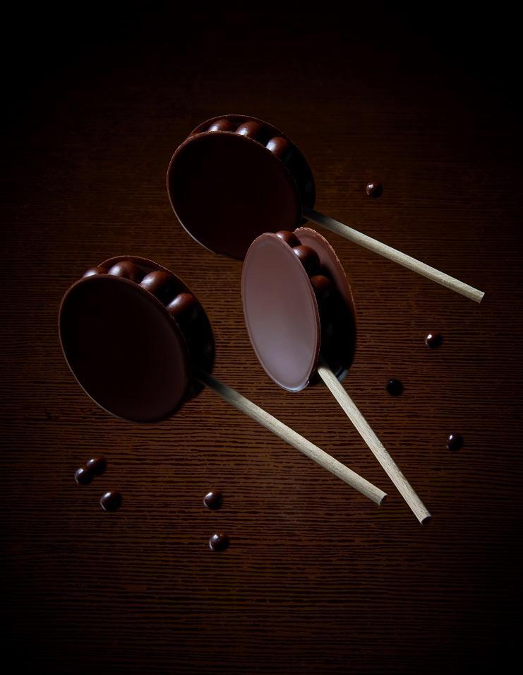 Sucette au chocolat croquer pour 20 personnes recettes elle table - Sucette au chocolat ...