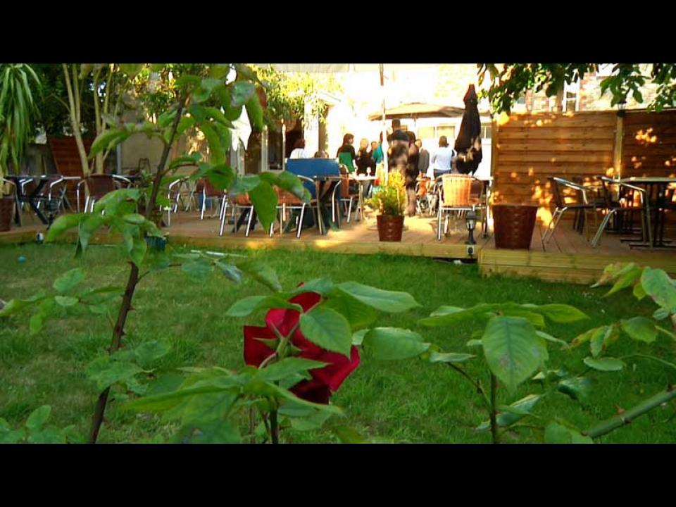 Restaurant le jardin de danton rennes elle vid os for Restaurant dans un jardin