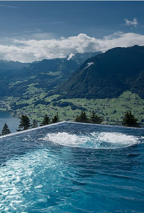 villa honegg en suisse les 15 h tels de luxe les plus incroyables du monde elle. Black Bedroom Furniture Sets. Home Design Ideas