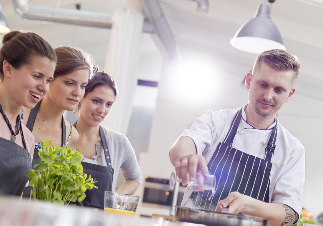Prendre des cours de cuisine paris gratuit 10 id es for Offrir des cours de cuisine