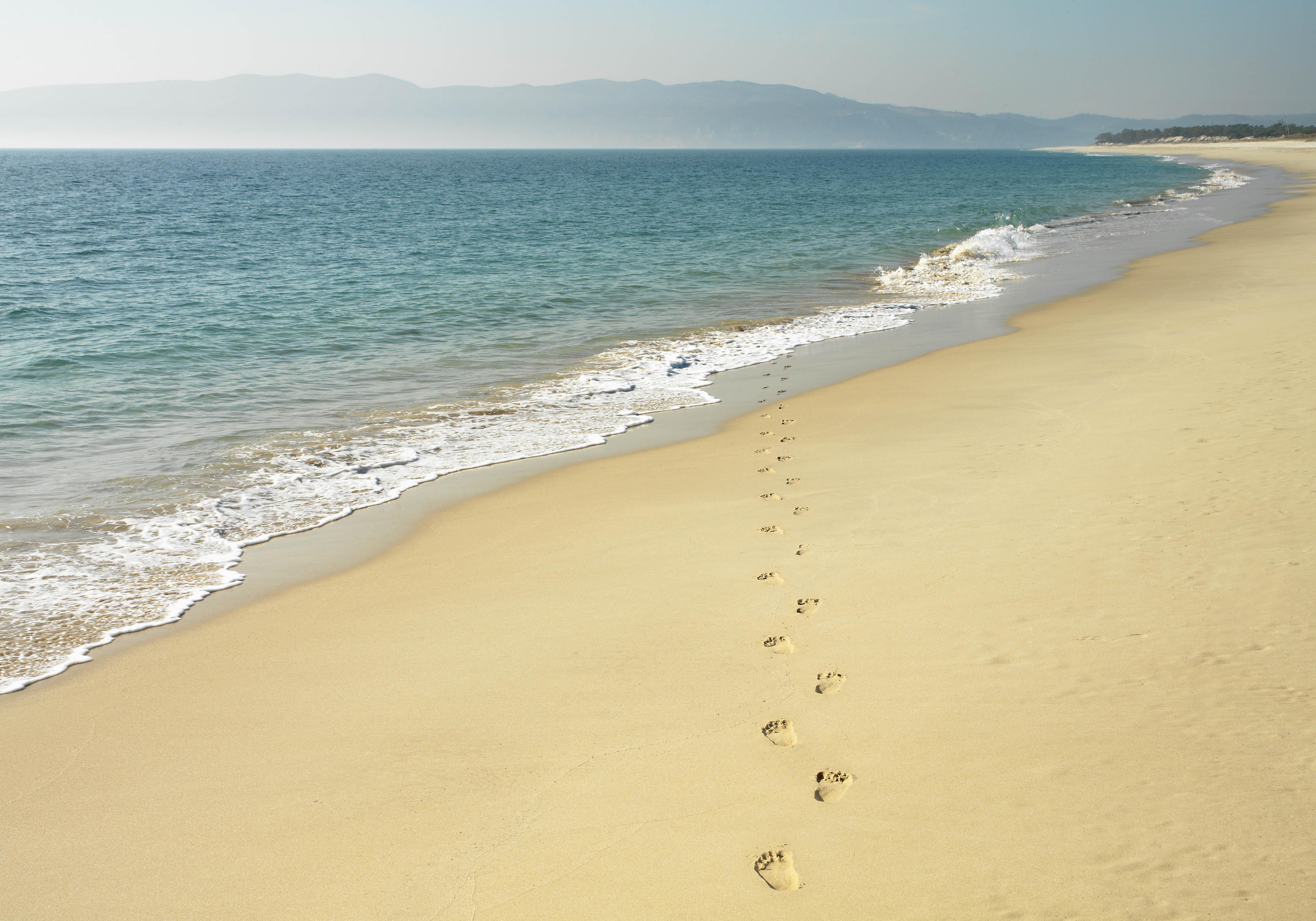 plage de guincho lisbonne les cinq plus belles plages de lisbonne pour des vacances. Black Bedroom Furniture Sets. Home Design Ideas