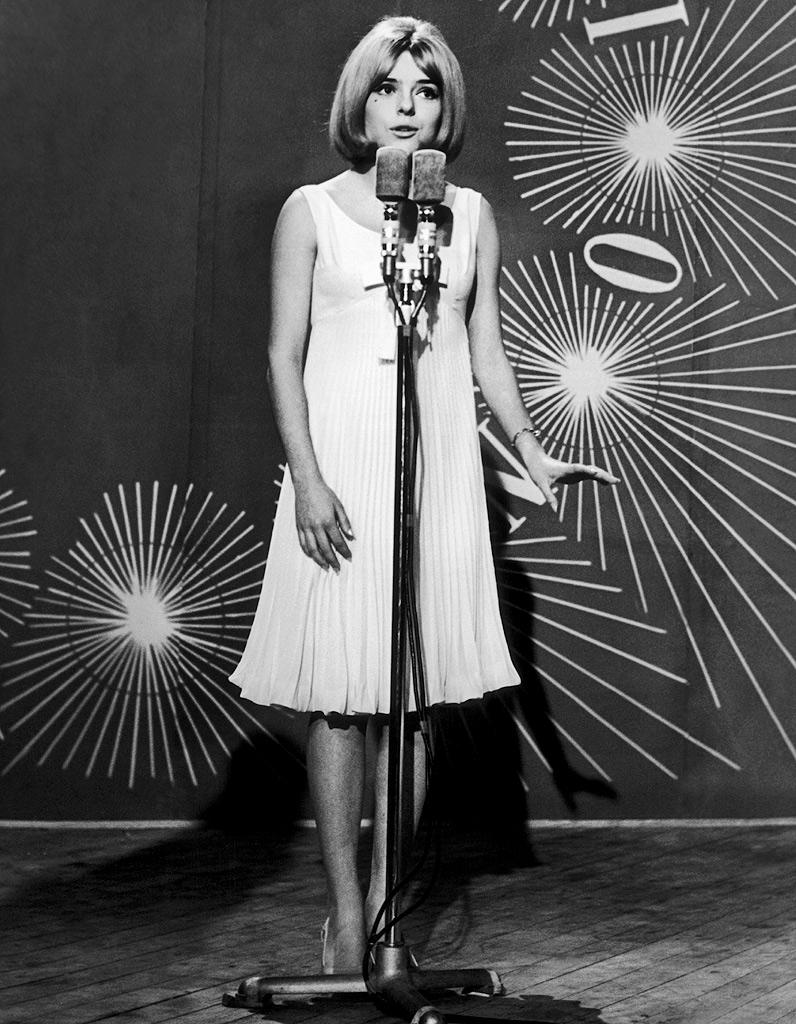 """Résultat de recherche d'images pour """"france gall 1965"""""""