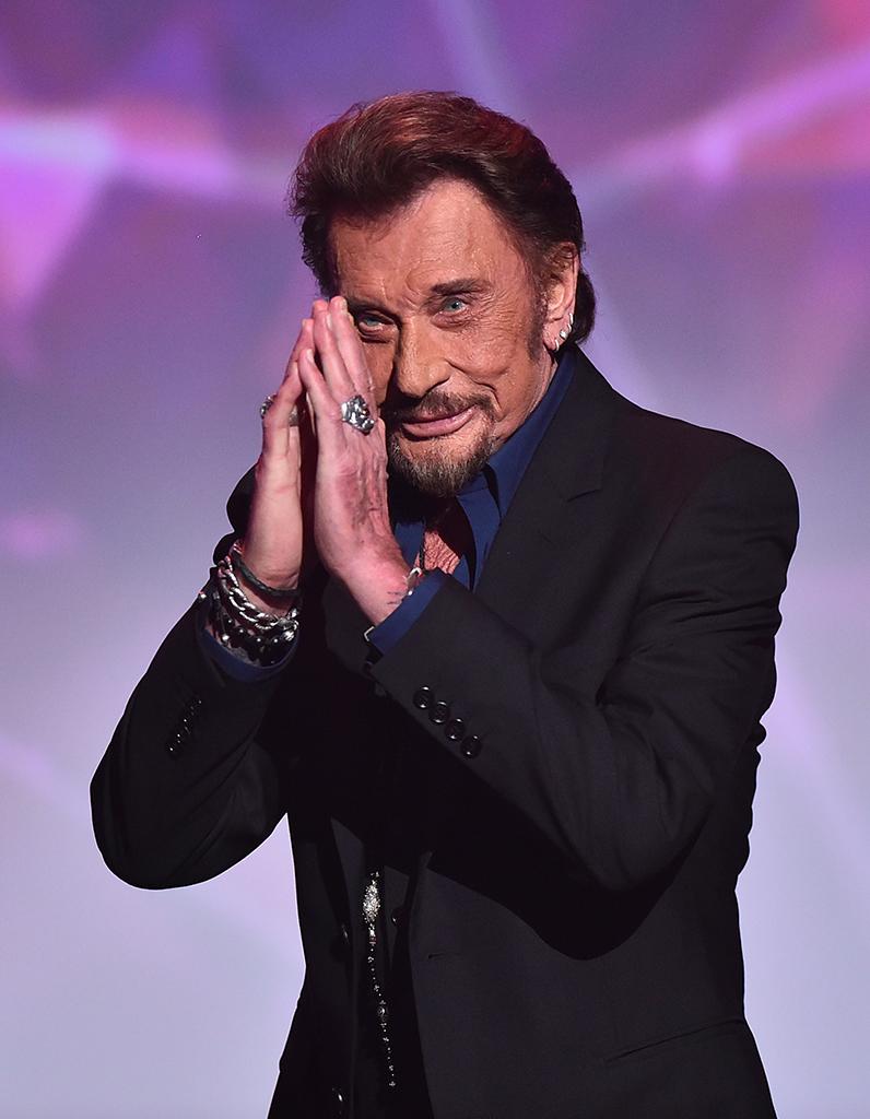 Look Johnny Hallyday >> Johnny Hallyday, une vie en photos - Elle