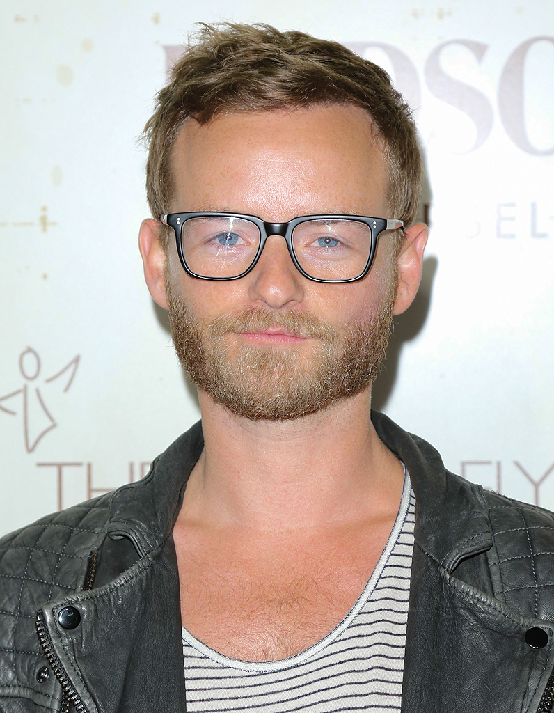 christopher masterson gay