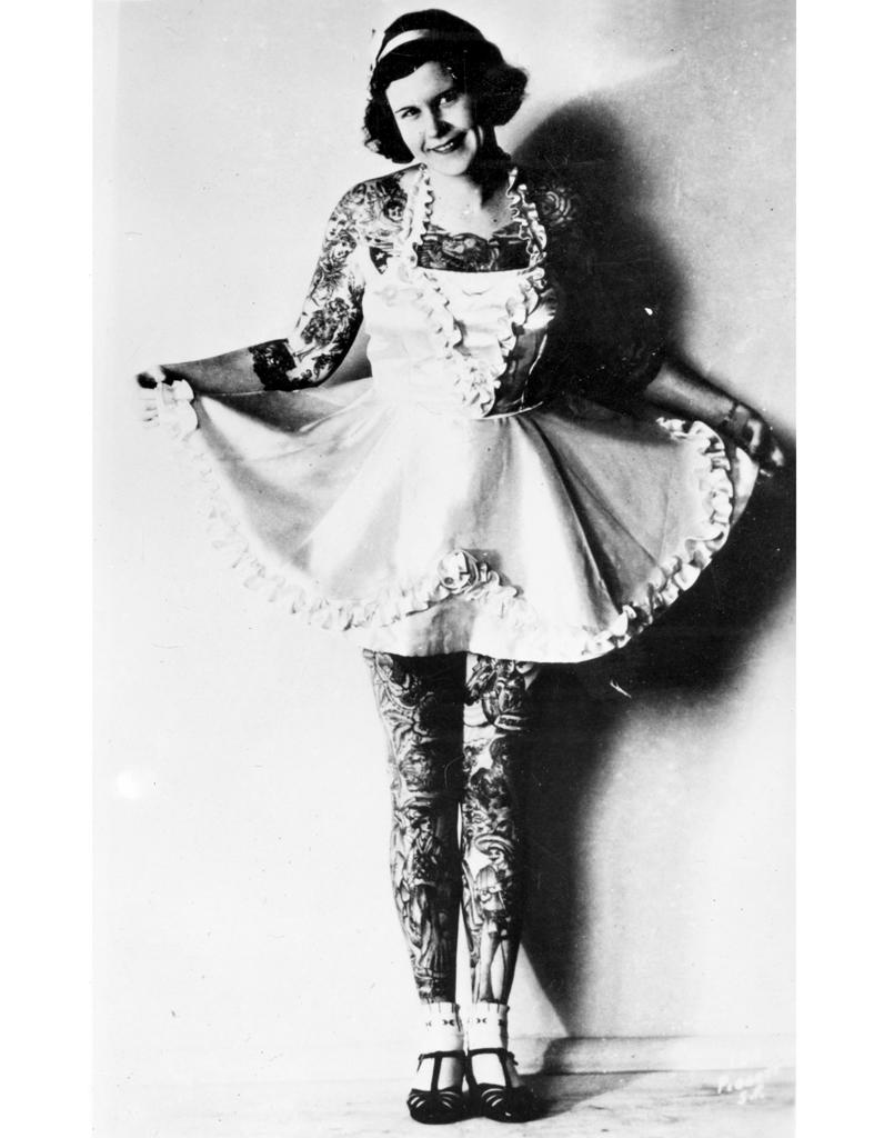 Le tatouage f minin dans les ann es 30 de 1880 1930 elles avaient d j l - Photos des annees 30 ...