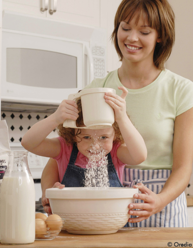 cuisiner facile et rapide des desserts avec les enfants elle. Black Bedroom Furniture Sets. Home Design Ideas