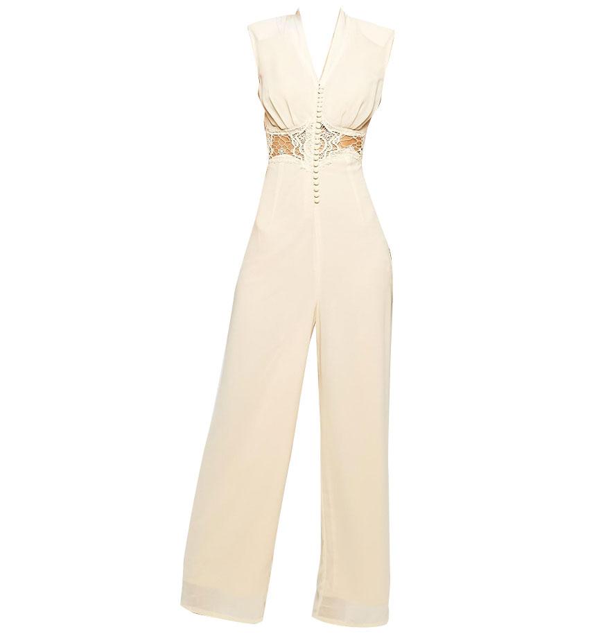 combinaison blanche jarlo petite 30 combinaisons blanches pour moderniser la robe de mari e elle. Black Bedroom Furniture Sets. Home Design Ideas