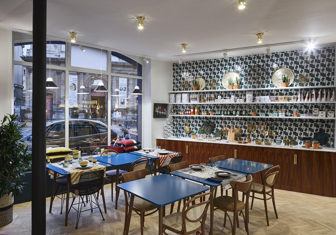 la cuisine maison sarah lavoine visite du concept store maison sarah lavoine elle. Black Bedroom Furniture Sets. Home Design Ideas