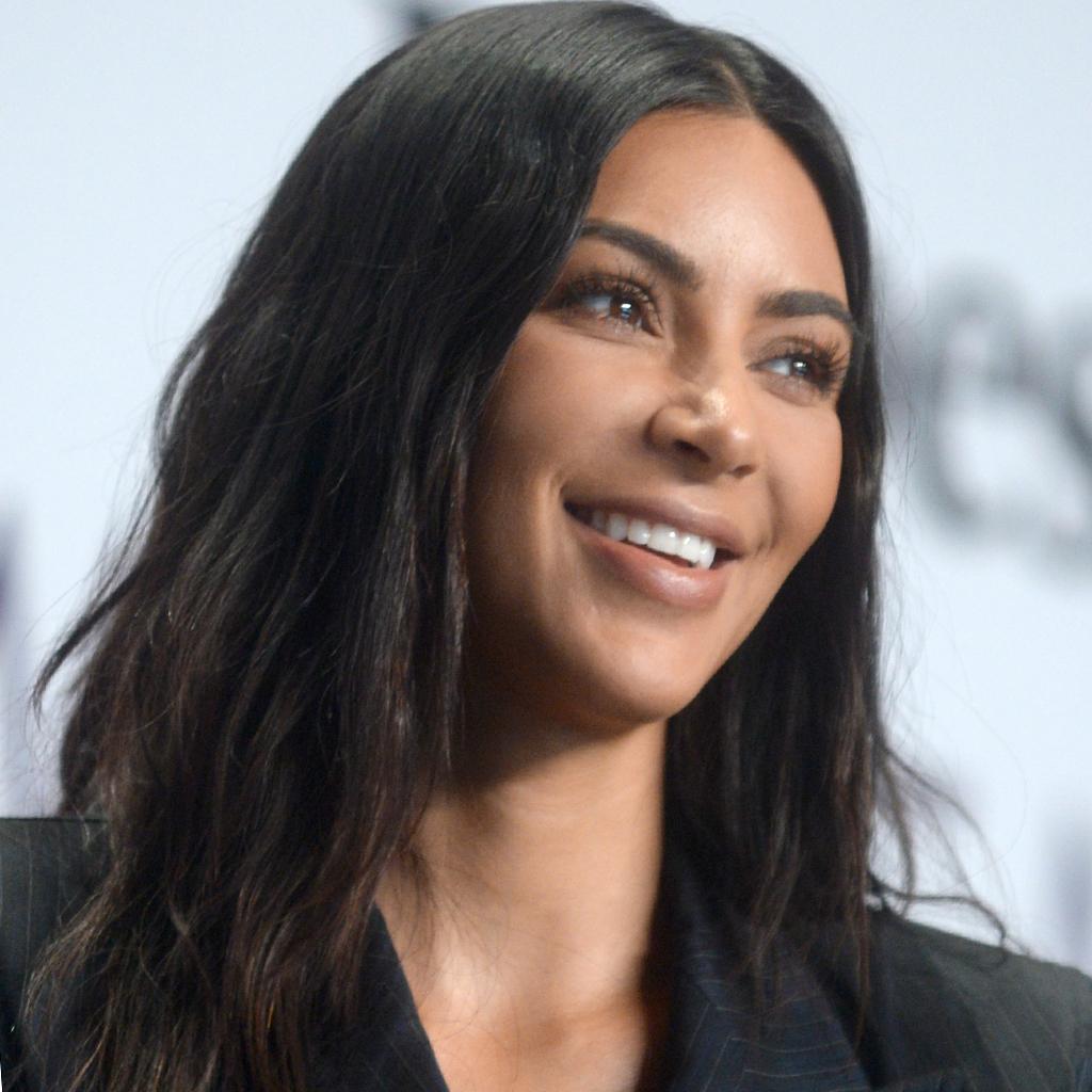 le coach de kim kardashian r v le son astuce pour perdre du poids facilement elle. Black Bedroom Furniture Sets. Home Design Ideas