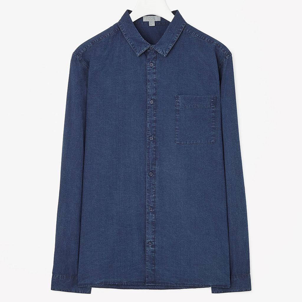 chemise cos une chemise d homme pour l t oui madame elle. Black Bedroom Furniture Sets. Home Design Ideas