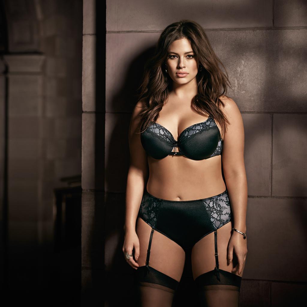 Acheter lingerie pour femme chics tendance mode en ligne chez ZAFUL. Trouver les derniers styles de lingerie sexy et lingerie en dentelle à des prix accessibles.