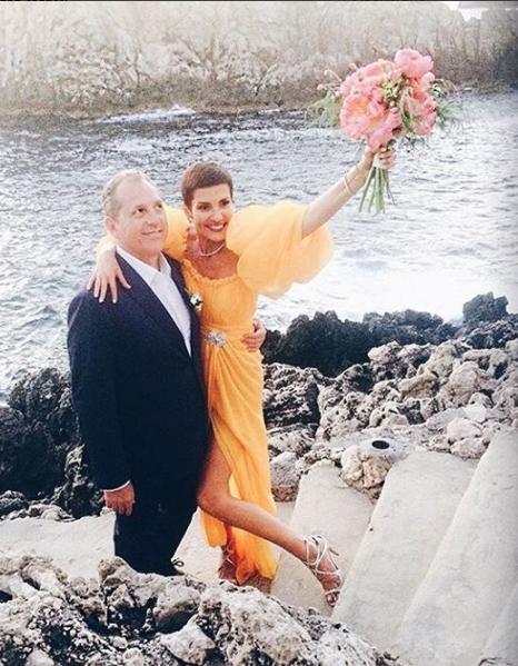 On sait enfin pourquoi cristina cordula s est mari e en jaune elle - Noelle breham est elle mariee ...