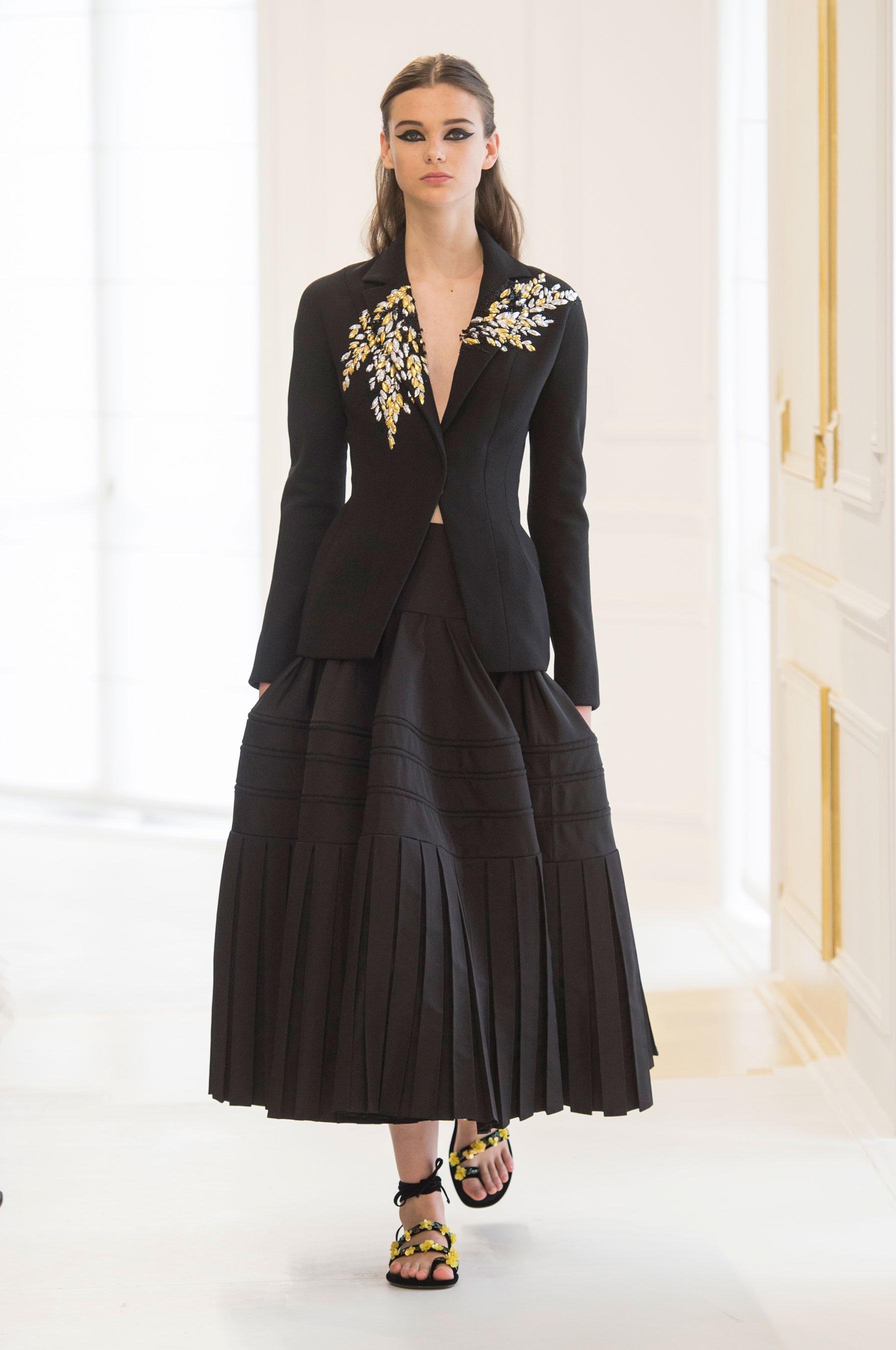 D 233 Fil 233 Christian Dior Haute Couture Automne Hiver 2016