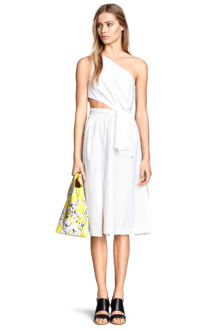 robe blanche h m 20 robes chics et sexy pour faire durer l t elle. Black Bedroom Furniture Sets. Home Design Ideas