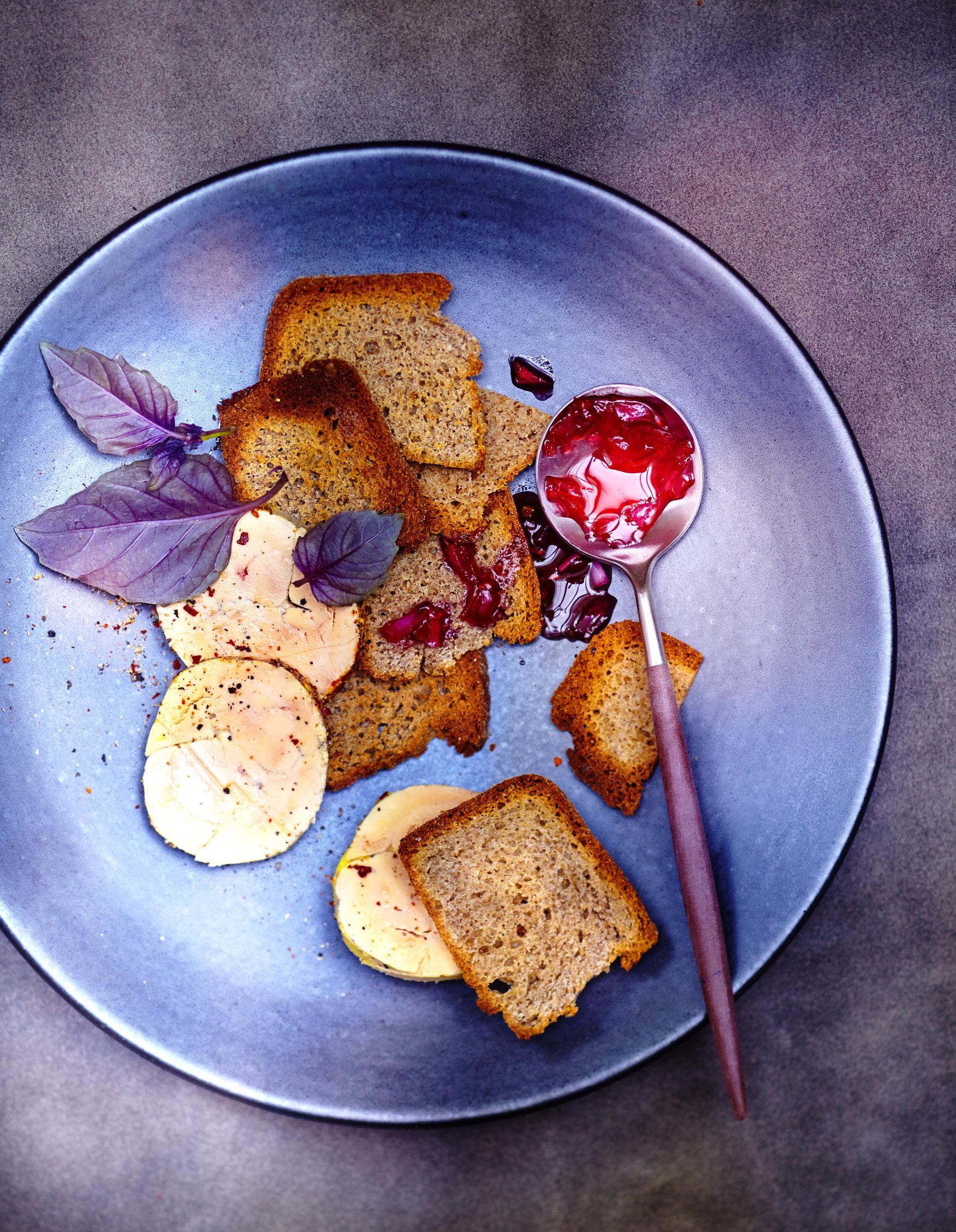 foie gras vapeur pain au sarrasin pour 6 personnes. Black Bedroom Furniture Sets. Home Design Ideas