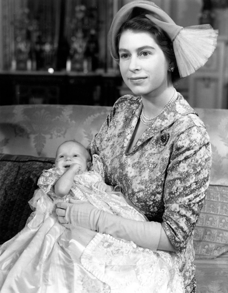 Le bapt me de la princesse anne bapt me royal les photos r tro de william harry charles - Jeune princesse ...