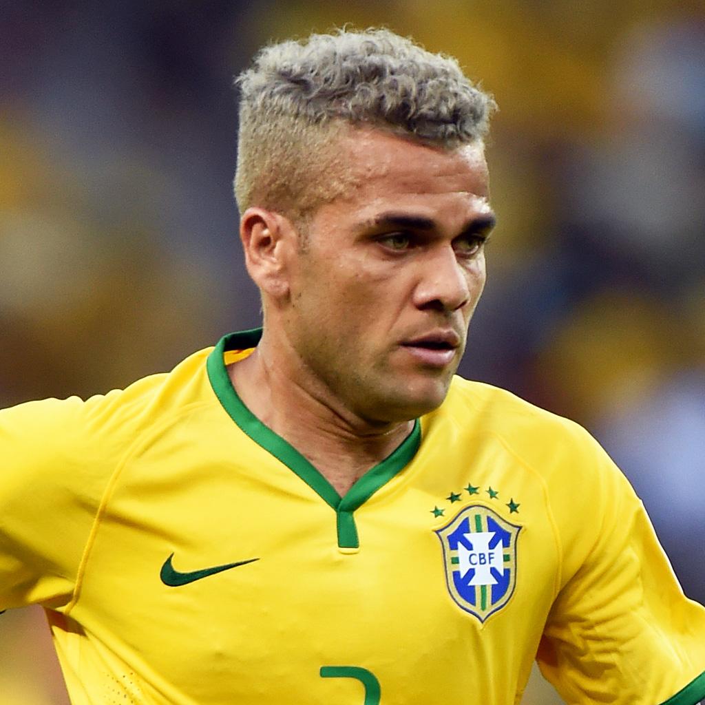 Dani alves br sil br sil 2014 les 10 coupes de for Neymar 2014 coupe de cheveux