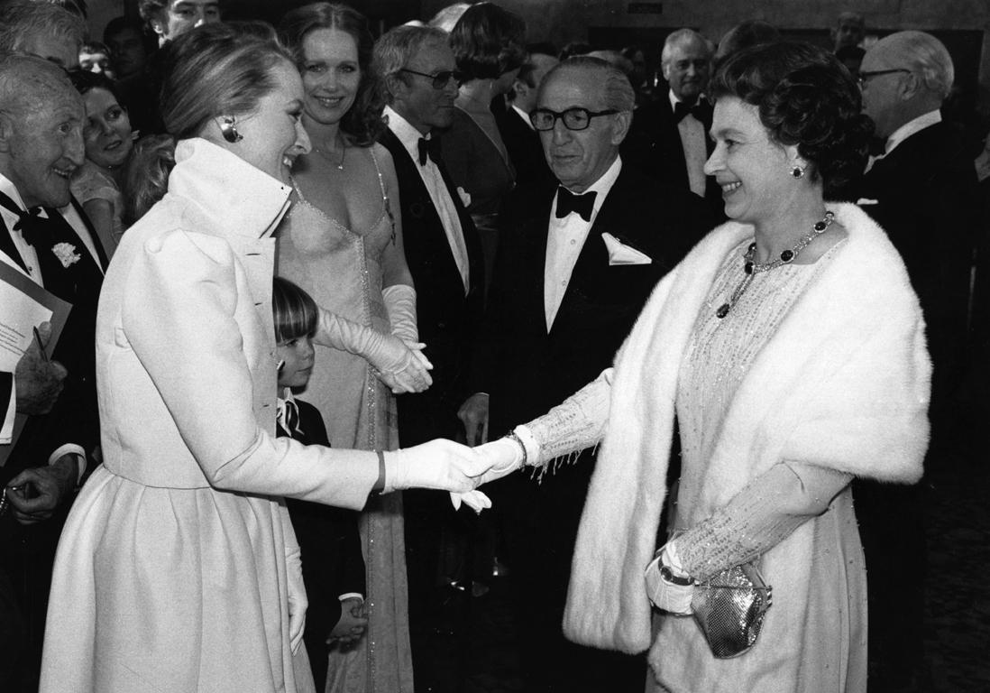 did queen elizabeth meet marilyn monroe