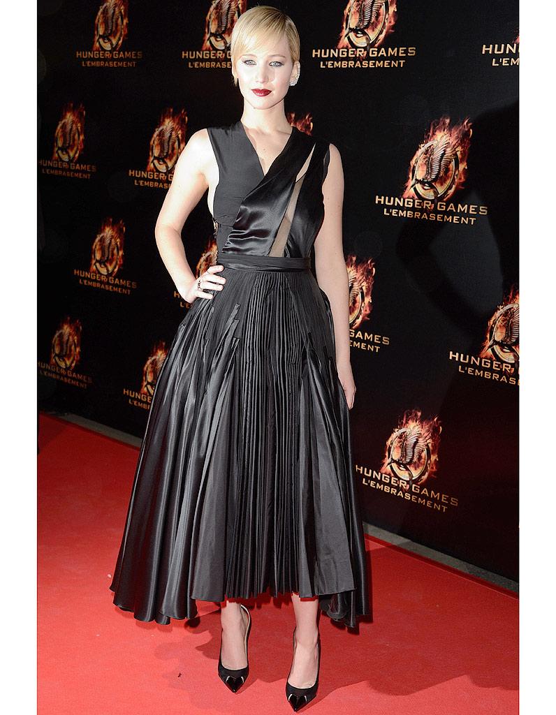 A Paris Hunger Games 2 Le Marathon Fashion De Jennifer Lawrence Elle